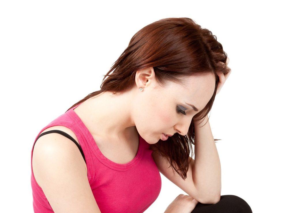 Caduta capelli nelle donne: le cause ed i rimedi naturali ...